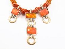 Unika halskæde med orange sten