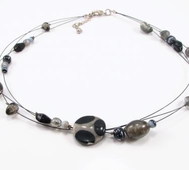 Unika halskæde med 3 tynde kæder