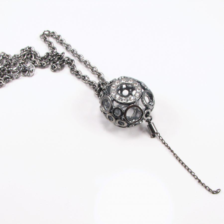Unika halskæde med kugle