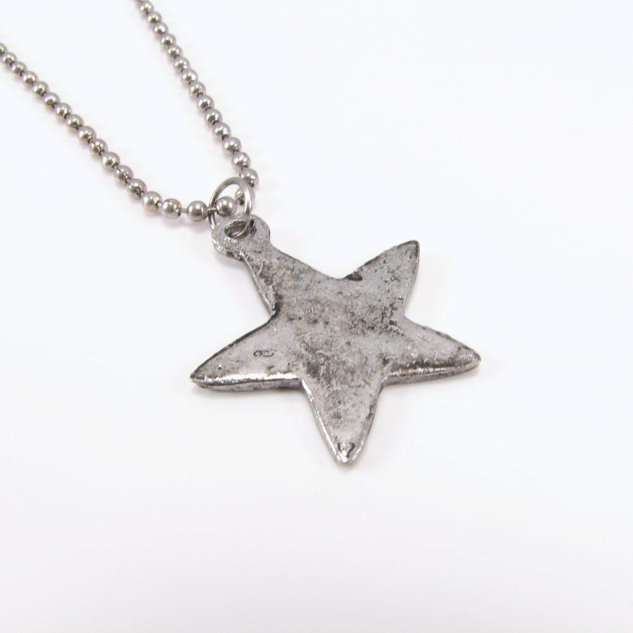 Rustik stjerne med kæde