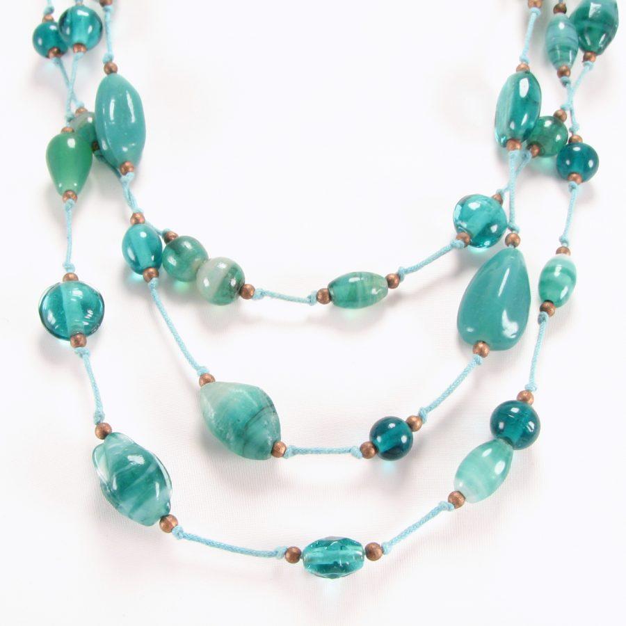 Skøn blå unika halskæde