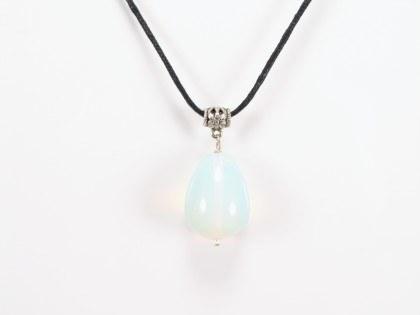 Opal på snøre
