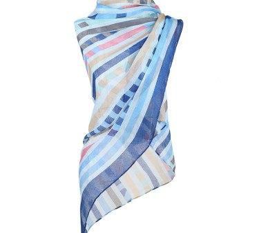 Tørklæde i blå nuancer