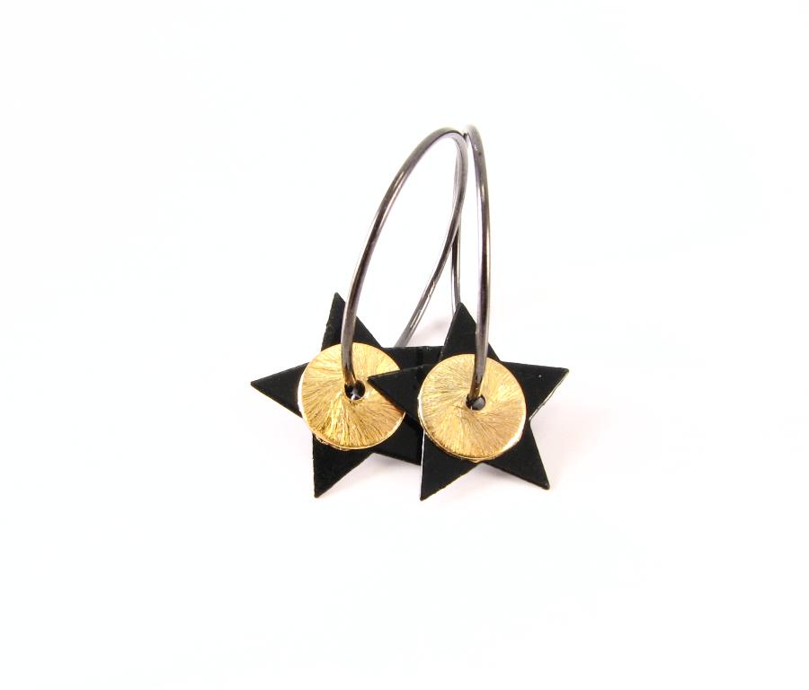 Oxideret creol med stjerne og forgyldt mønt