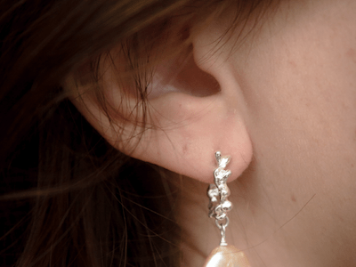 petite-claire-ear